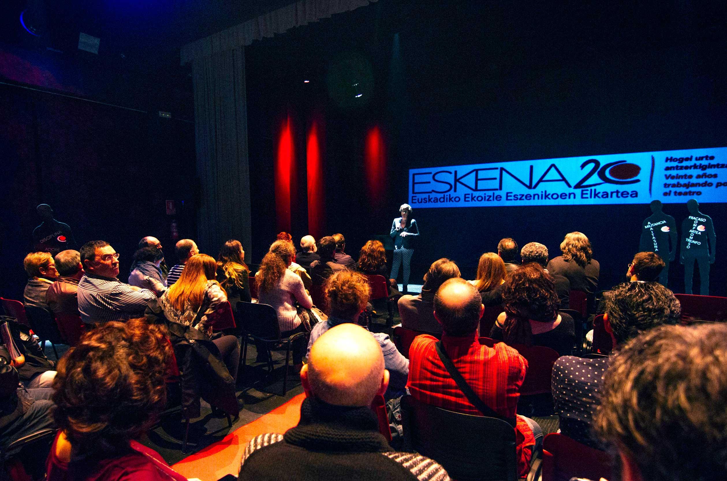 Eskena representando el teatro vasco